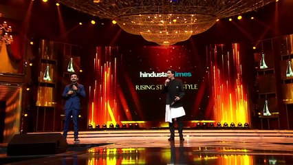 Taapsee Pannu Accepts Her Award For Rising Star Of Style