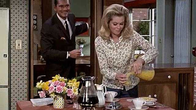 Bewitched S04E03 Business Italian Style