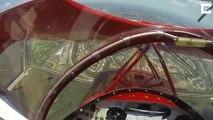 Le moteur d'un avion se coupe en plein vol