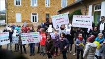 Mars : les enfants de l'école contre la fermeture d'une classe