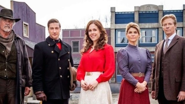 When Calls the Heart Season 5: Will return at 9 pm on February 18, 2018 on Hallmark Channel