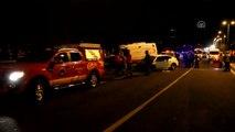 Ambulans ile Otomobil Çarpıştı: 5 Ölü, 2 Yaralı (2)
