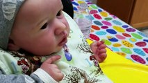 Reborn Baby Dolls First Time Eating Baby Food! MESSY Baby! Doll That Eats & Drinks! Toy Doll!