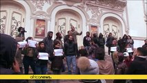 Tunisian protesters call for release of detained protesters