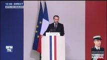 """Hommage à Arnaud Beltrame: """"Accepter de mourir pour que vivent des innocents, tel est le cœur de l'engagement du soldat"""", dit Emmanuel Macron"""