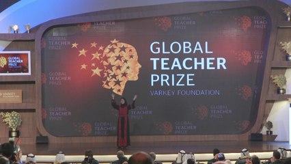 Palestinian teacher Hanan Al Hroub wins $1m Global Teacher Prize 2016
