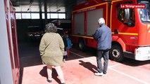 Vannes. Après l'incendie, les enfants visitent le centre de secours