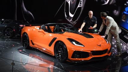 SQ - Chevrolet Finally Unveiled the Corvette ZR1
