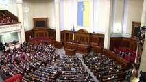 Ukrainische Regierung tritt zurück   Journal