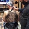 Avez-vous déjà vu un débardeur de poils...
