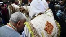 الكاثوليك يحتفلون بعيد الفصح في كنيسة القيامة في القدس