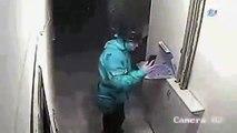 Turquie : Un livreur pris en flagrant délit en train de cracher dans une pizza !