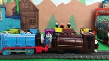 Thomas & Friends Minis Get Slimed - World Strongest Engine Thomas the Tank Engine Kids Toys