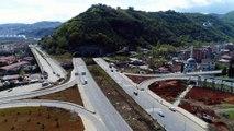 Yaklaşık 2,5 milyarlık Kanuni Bulvarı Projesi'nde bir tünel daha hizmete girdi...Tünel havadan görüntülendi