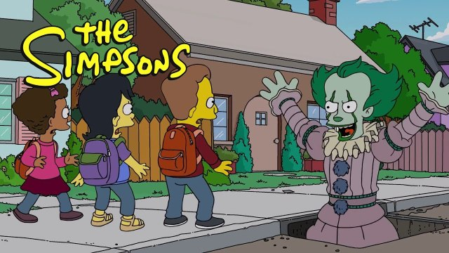 Pennywise from IT scares THE SIMPSONS ! 2018