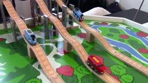 Thomas and Friends Thomas the Tank Engine vs Brio Trains Motorized Wooden Railway Trains