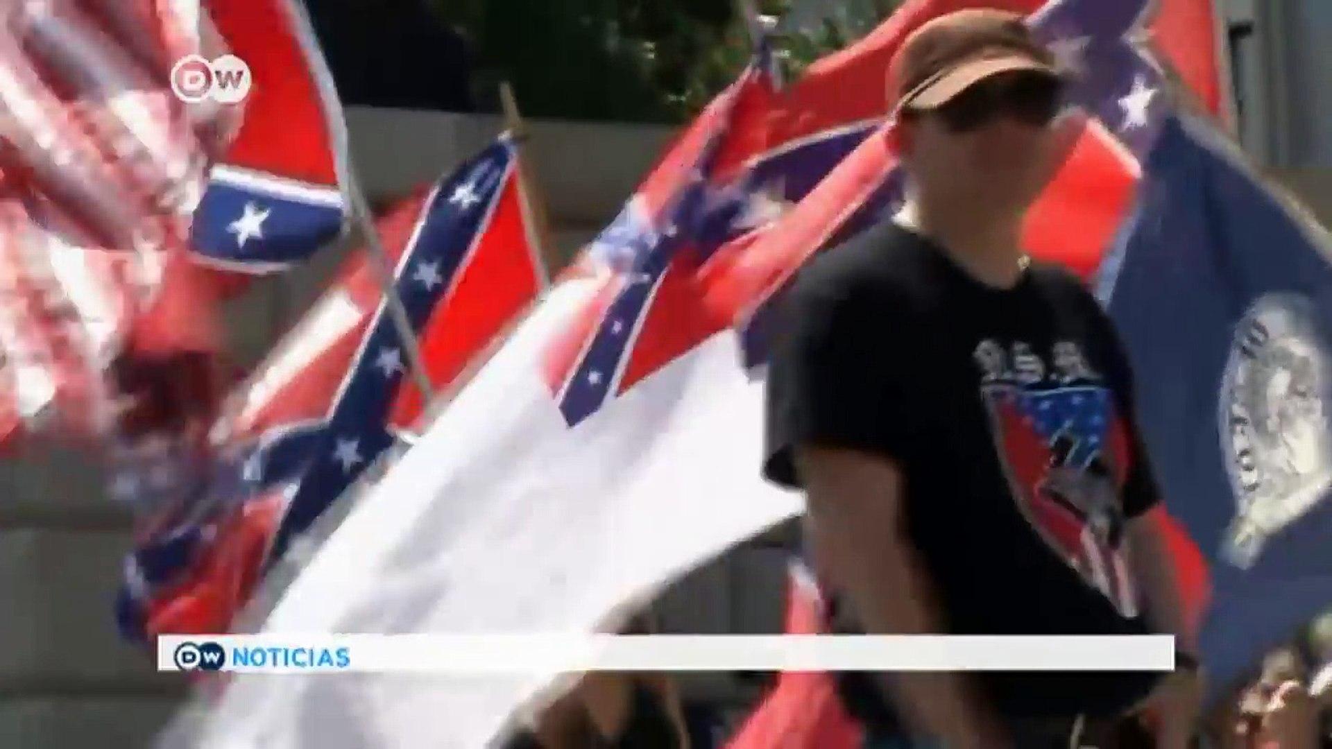 El Ku-Klux-Klan protesta frente al Capitol