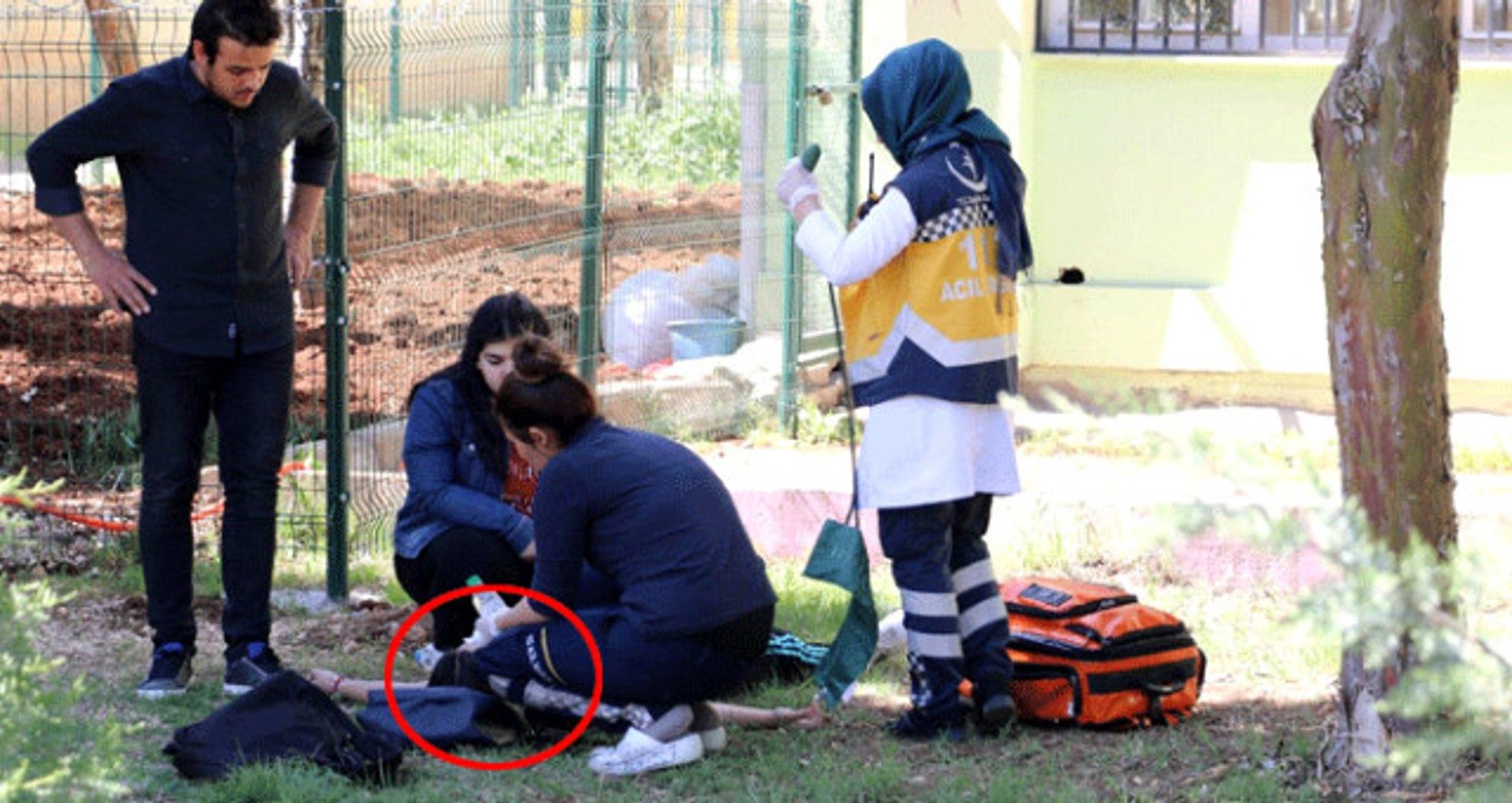 Liseli Kız Dehşet Saçtı! Önce Kendi Kafasına Sıktı Sonra Öğrencileri Tehdit Etti