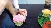clip hướng dẫn trang trí bánh cupcake   cách trang trí cupcake đơn giản   Clip trang trí cupcake