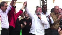 In Brasile l'ex presidente Lula negozia il suo arresto