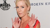 90210 Alum, Jennie Garth, Gets Divorced
