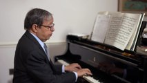Murray Perahia - Bach  The French Suites - Suite by Suite - No 1 in D Minor (Interview Performance)