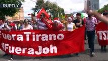Cientos de manifestantes protestan contra el presunto fraude electoral en Tegucigalpa