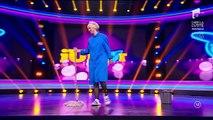 """Tanța a făcut instrucție cu mopul la """"iUmor""""! Isabela Iacupovici și-a aruncat hainele pe scenă"""