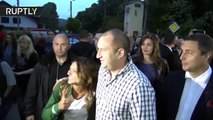 Una turista brasileña pone en serios aprietos al presidente búlgaro delante de su esposa