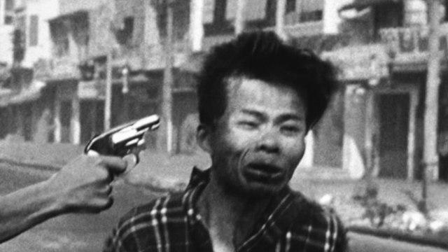 Execution Of Viet Cong Prisoner (©Eddie Adams/AP Photo) | OneShot