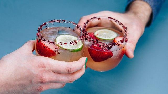 Sparkling Rosé Margarita Cocktail Recipe - Liquor.com