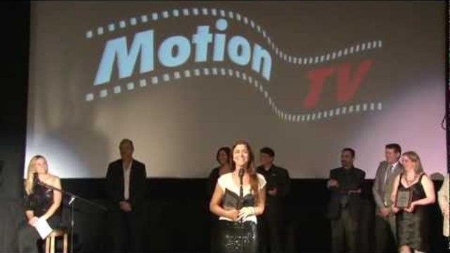 Tati Martins ganha prêmio no Brazilian International Press Award 2012 - Melhor Web TV Brasileira