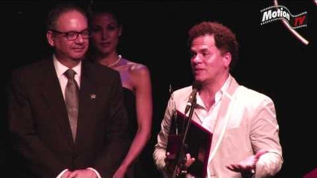 Romero Britto recebe homenagem no Brazilian Press Awards 2013