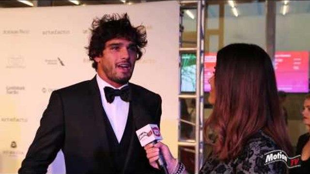 O modelo Marlon Teixeira prestigia o Gala Miami da Brazil Foundation - Entrevista