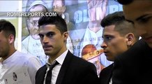 Casillas, Torres, Ronaldinho apoyan partido por la paz en honor del Papa