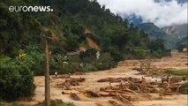 Vietnam sufre sus peores inundaciones en los últimos años