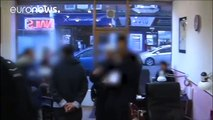 Detenidas un centenar de personas en salones de manicura del Reino Unido por inmigración ilegal