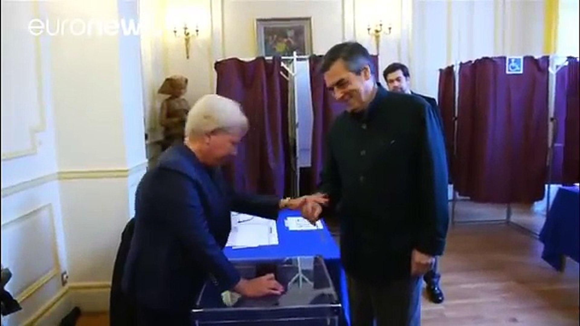 Fillon, holgado y sorprendente ganador de la primera vuelta de las primarias conservadoras en…