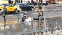 Musicien de rue à la percu