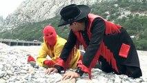 los manitos de la tele encuentran dinosaurioss #ManiAventura /Manito y Maskarin