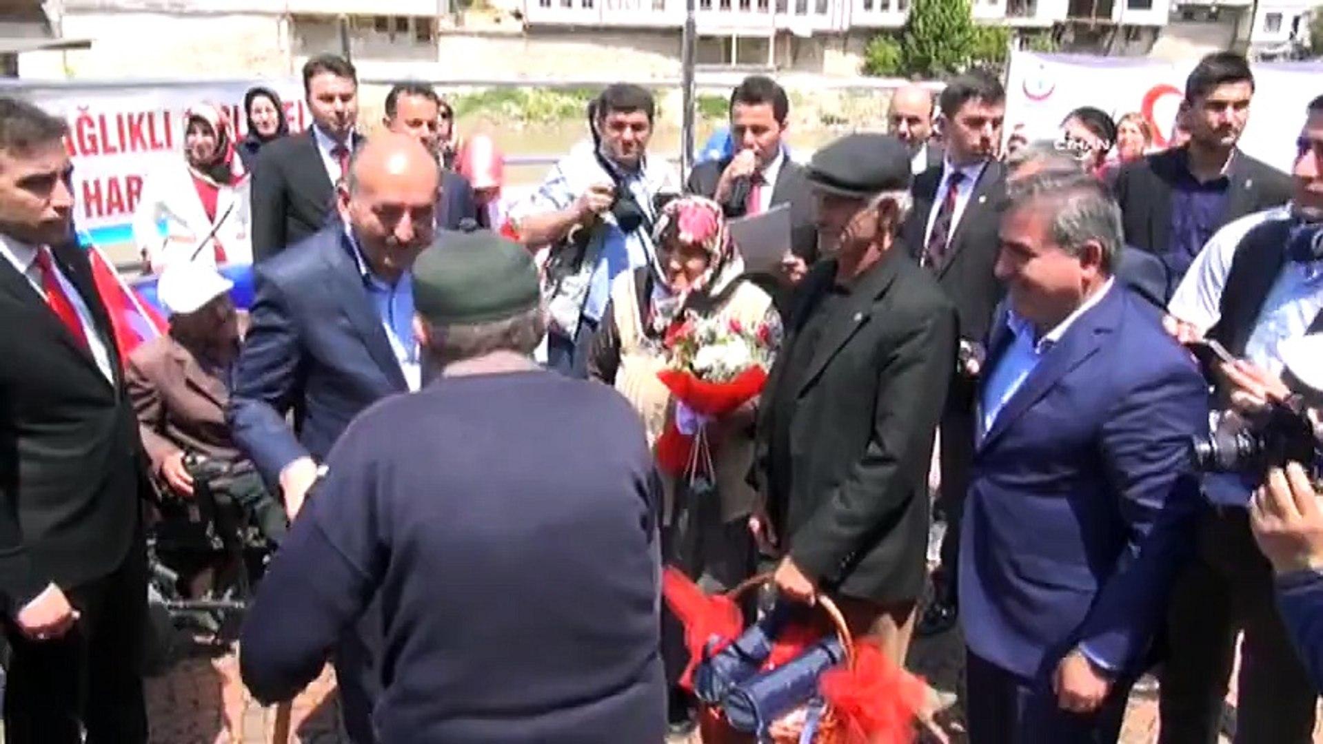 Bakan Müezzinoğlu'na tepki: Emekliler aç aç!