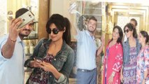 Chitrangada Singh's sweet gesture for fans, SPOTTED taking SELFIES with fans; Watch   FilmiBeat