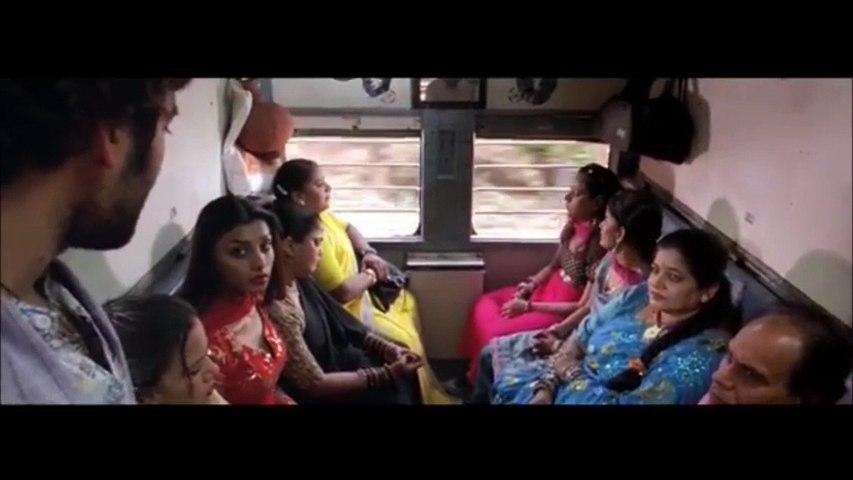 Bobby deol Train Action scene || Bichhoo Movie fights Scene || Super Train  Action scene