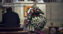 Francisco acude al velatorio de una empleada vaticana