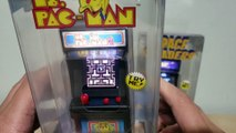 Worlds Smallest Arcade! Ms PacMan and Space Invaders [REVIEW]
