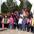 Afyon Kocatepe üniversitesi Karahisari Genç Yeşilay Kulübü ve Afyon Atatürk ilköğretim okulu öğrencileri ve velileri ordular ilk hedefiniz Akdeniz ileri emri verdi Habib akalın farkı