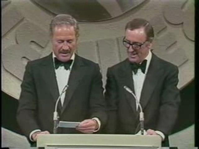 Rowan & Martin Roast Don Rickles on the Dean Martin Roast!!