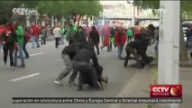 Miles de belgas protestan contra medidas de austeridad en Bruselas