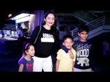 Sanjay Dutt की पत्नी Manyata Dutt दिखाई दी बच्चोके साथ Juhu PVR में