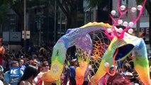 Desfilan alebrijes monumentales en la ciudad de México